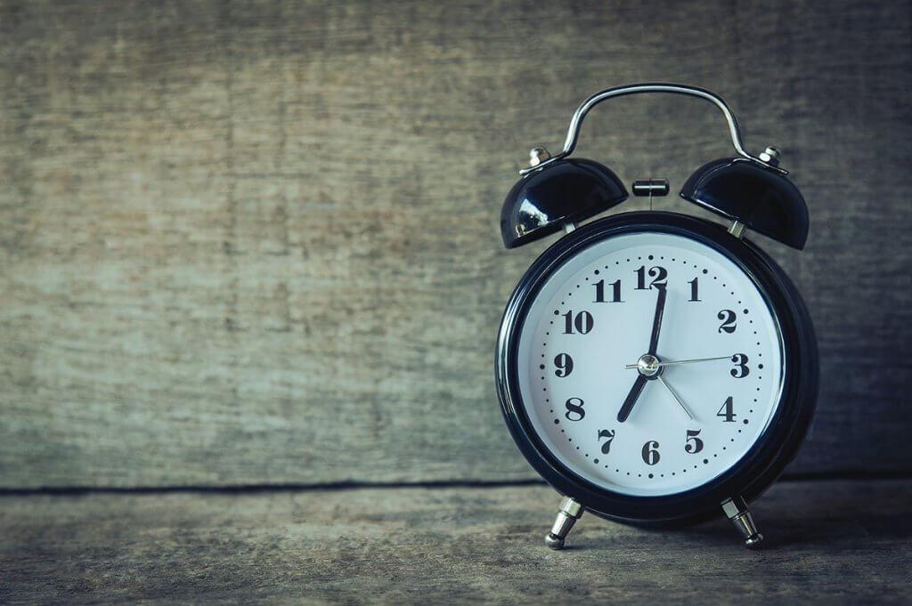 ellenőrzött órabevétel
